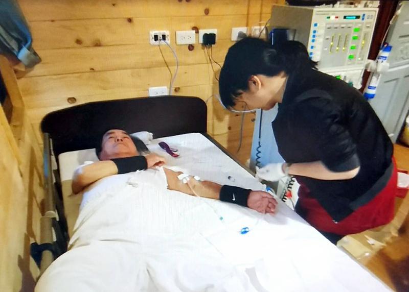 腎臟醫學中心|賴彬卿副院長、郭慧亮主任、黃秋錦教授|新冠肺炎威脅大 居家血液透析不用怕