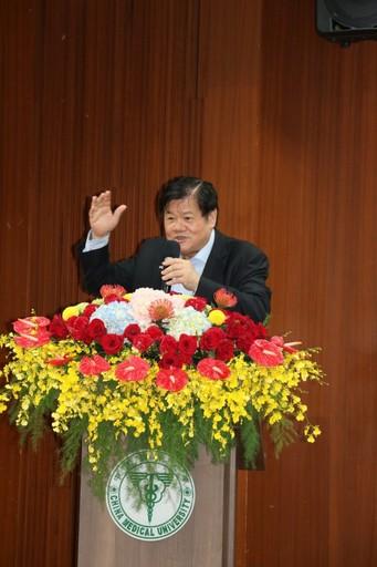 洪明奇校長有信心帶領中國醫藥大學2030邁向世界100大。