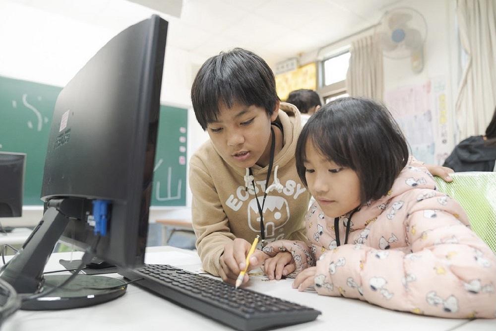台積電攜手愛心企業夥伴挹注資源 幫助偏鄉學生學習