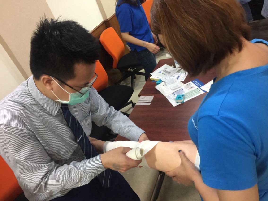 中醫傷科參與中華民國傷口醫學學會舉辦的下肢潰瘍性傷口治療與處置暨包紮訓練2