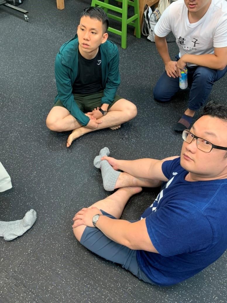 中醫傷科醫師於台灣動作專家協會進修,主題:下肢基礎解剖肌肉動力學1