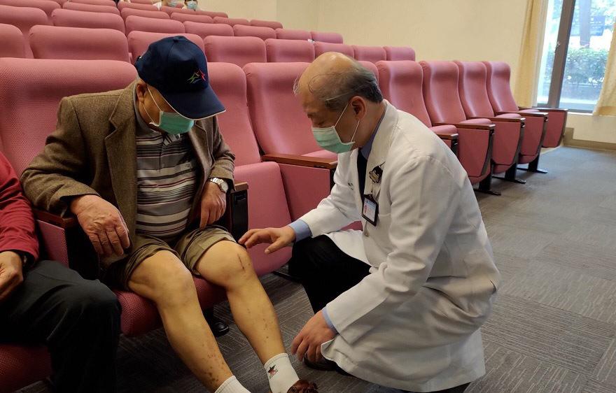 人工關節中心副院長許弘昌|MAKO機器手臂人工關節置換手術