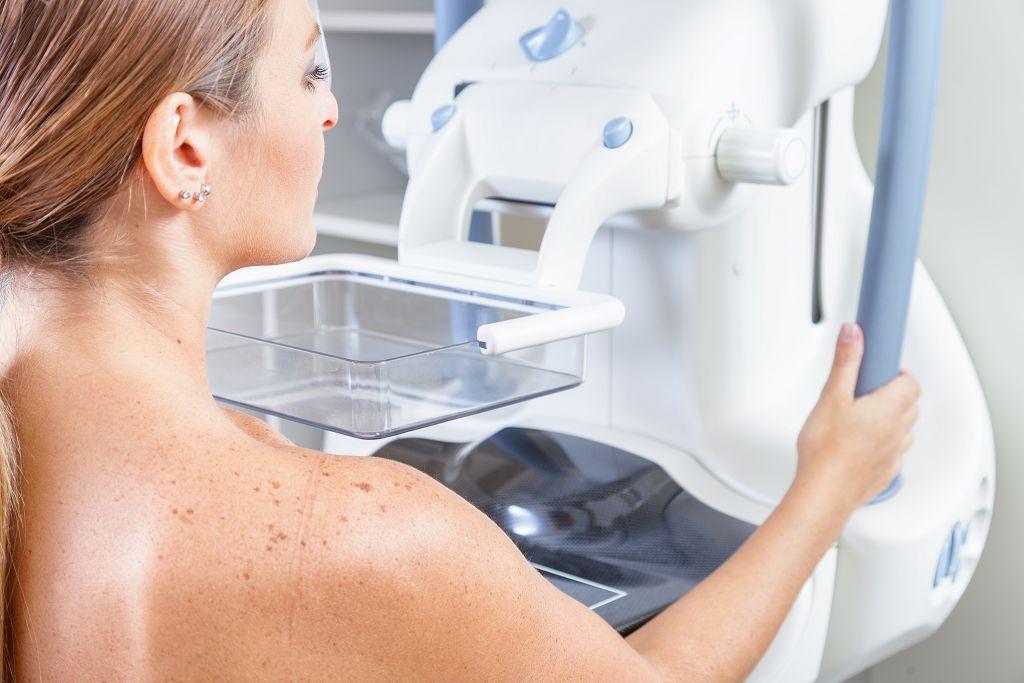 乳癌令人憂 要做乳房攝影檢查喔!