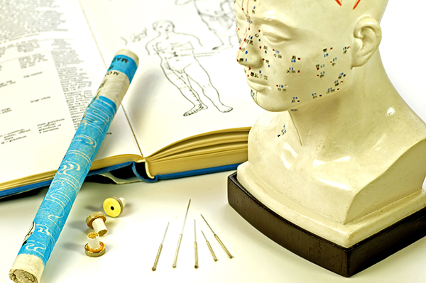 利用針灸行氣活血、疏通經絡、促進循環,對於洗腎患者的抽筋、搔癢、水腫都有明顯的幫助