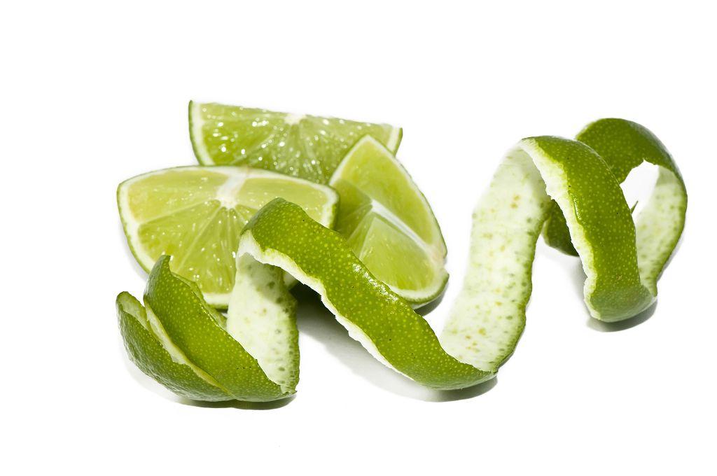 檸檬汁或富含檸檬酸的中草藥如烏梅等,均可多攝取。