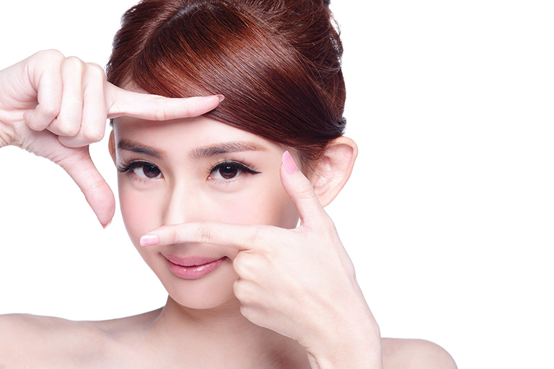 利用內視鏡及導航系統 進行眼窩手術