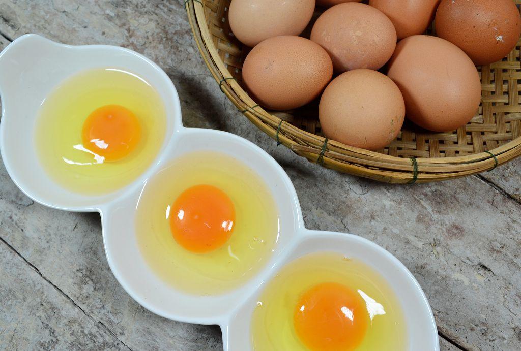 雞蛋黃是兩種營養素最好的來源