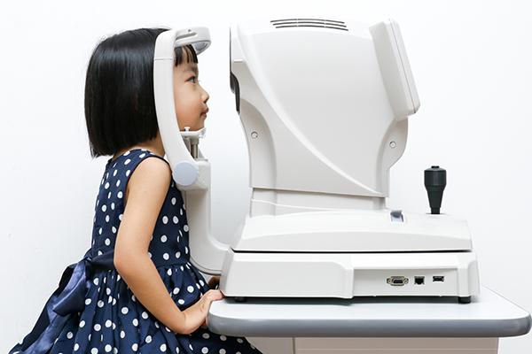 每年定期檢查視力